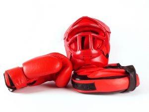 kopfschutz handschuhe und pratzen