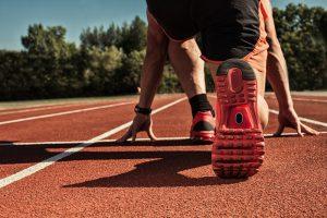sprinter in startposition vor hfmax selbsttest