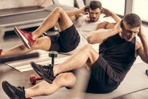 radfahren auf fitness matte