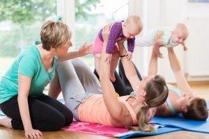 Mütter lernen sich kennen