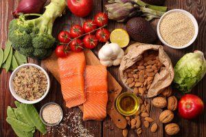 gute Lebensmittel zum Trainingsplan im Fitnessstudio