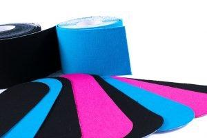 Kinesio Tapes in unterschiedlichen Farben