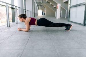 Plank für starke Bauchmuskeln