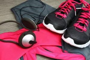 Laufschuhe und Kleidung