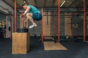Sprungkraft durch Box Sprünge verbessern