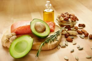 beispiel lebensmittel gesunde fette