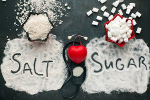 salz und zucker im übermaß