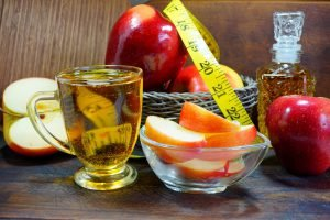 äpfel apfelessig maßband