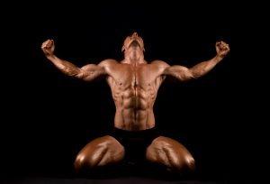 Bodybuilder nach entwässern