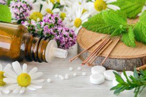 Kräuter Tabletten und Globuli