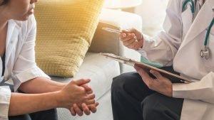 Vor- und Nachteile der Hormonersatztherapie abwägen